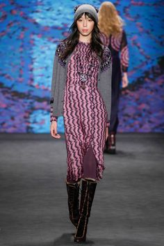Anna Sui Fall 2015 Ready-to-Wear - love everything, especially the pattern on the dress, Like a fresher version of chevron, almost like an ecg.