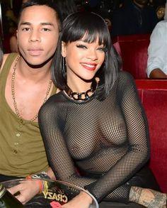 Rihanna-Sexy-From-FACEBOOK