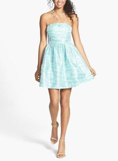 Yes to this mint prom dress! Love the metallic stripes on this strapless beauty.