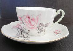 Vintage Shelly England Fine Bone China Pink Bridal Rose 2508 Tea Cup & Saucer