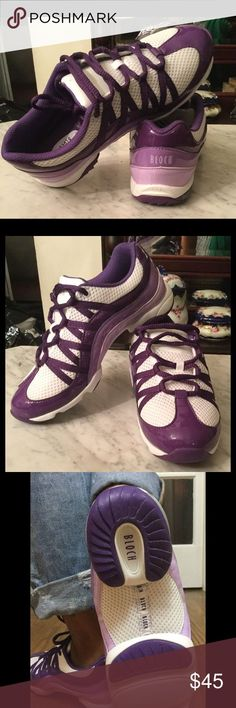 mizuno womens volleyball shoes size 8 x 4 height house height