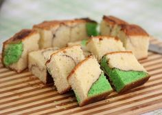 My Kitchen Snippets: Pandan Marble Butter Cake