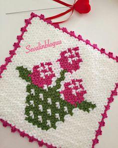 Hello Kitty, Holiday Decor, Christmas, African American Hairstyles, Wedding Hairs, Needlepoint, Tutorials, Amigurumi, Tricot