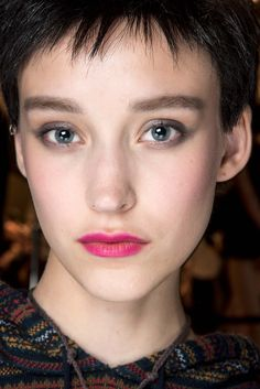 Beauty 9: Armani Privé Fall 2015 Couture - Beauty - Gallery - Style.com