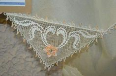 Skiathos, Needle Lace, Valance Curtains, Cute Outfits, Rugs, Crochet, Salons, Dish Towels, Pretty Outfits
