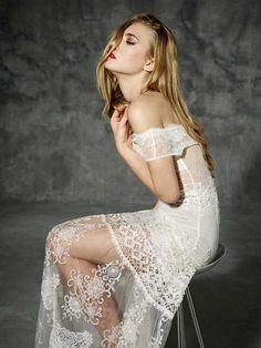 Boho Folk wedding dress with a beautiful original neckline, mixing boat neckline…
