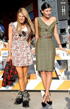 0 1 2 2 0 1  Anna Dello Russo and Giovanna Battaglia add up to a pretty epic street style moment... Giovanna Battaglia-u r always perfect <3 <3 <3 ....Russo-u pull me both ways! :( :/