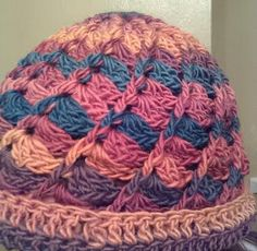 Divine Hat with a Flipped Border in Chroma Vermont!
