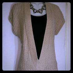 XL tan sweater pull over blouse. XL tan/gold sweater top (knitted) in great condition! Also have on in green that's listed! 65% cotton 35%nylon   BUY ONE GET ONE HALF OFF that's equal to or lesser than in value   Feel free to make a offer! New York & Company Tops Blouses