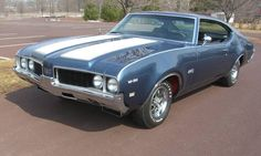 Buy and restore an antique car: 1969 Oldsmobile 442 W30 Coupe