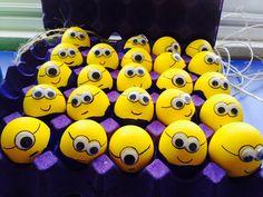 Huevos Minions Minions, Confetti Eggs, Minion Birthday, Egg Art, Ideas Para Fiestas, Easter Treats, Egg Decorating, Egg Shells, Easter Eggs