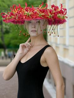 Who wouldn't want to go to Ascot in this!