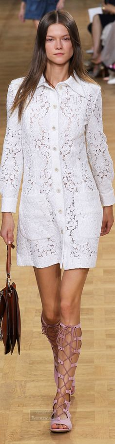 Chloé.Spring 2015. Cream, reddish camel leather, and pastel orchid.