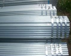 You can find diverse galvanized steel pipe features and applications when you use it. Choose a suitable one from Xinlin, a leading supplier. Galvanized Steel Pipe, Chain Link Fence, Tianjin, Oil And Gas, T 4, Water, Pipes, Delivery, Epoxy
