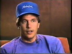 George Strait in an old interview announcing the release of Pure Country. He's the cutest thing alive. The cutest thing that's ever lived, really. Country Singers, Country Music, George Strait Family, King George I, Wedge Haircut, News Articles, Camera Phone, The Man, Music Videos