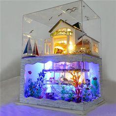 T-Yu Hawaii Villa DIY Dollhouse Miniature Model Doll House With Light Cover Extra Gift Decor Collection Toy Aquarium Design, Creative Birthday Gifts, Birthday Gifts For Girls, Diy Birthday, Dollhouse Kits, Dollhouse Miniatures, Wooden Dollhouse, Wooden Dolls, Cool Fish Tanks