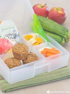 Apple Zucchini Mini Muffin Bento Box - great sandwich-free idea for kids! /search/?q=%23poweryourlunchbox&rs=hashtag