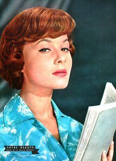 Votre Beauté November 1957