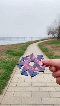 Cool Paper Crafts, Fun Crafts To Do, Diy Crafts Hacks, Diy Arts And Crafts, Kids Crafts, Instruções Origami, Origami And Quilling, Paper Crafts Origami, Craft Activities For Kids