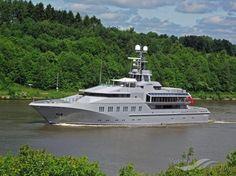 M.Y.SKAT, type:Yacht, built:2002, GT:1998, http://www.vesselfinder.com/vessels/MYSKAT-IMO-1007287-MMSI-319741000