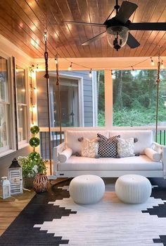 Modern Home Decor 20 Gorgeous And Inviting Farmhouse Style Porch Decorating Ideas.Modern Home Decor 20 Gorgeous And Inviting Farmhouse Style Porch Decorating Ideas Home Design, Design Ideas, Modern Design, Best Home Interior Design, Interior Design Themes, Design Inspiration, Interior Designing, Garden Inspiration, Outdoor Spaces