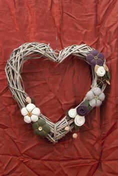 """Ghirlanda """"Cuore Romantico"""" *Le Chips di Feltro* - Wood Garland Felt """"Romantic Heart"""""""