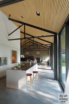 High Windows, Art Of Living, Home Interior Design, Bungalow, Building A House, Villa, Inspiration, Bar, Kitchen