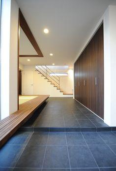 modern mudroom entry with shoes/coat closet Entrance Design, House Entrance, Exterior Design, Interior And Exterior, Interior Ideas, Morden House, Japanese Style House, Basement Layout, Build A Closet