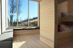 Image 4 of 28 from gallery of Split View Mountain Lodge / Reiulf Ramstad Arkitekter. Photograph by Reiulf Ramstad Arkitekter