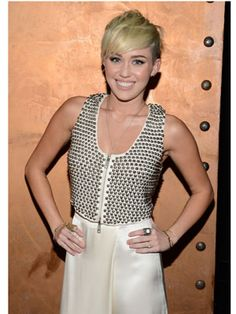 Miley's haircut is looking super cute lately! she looked so much better in hannah montana