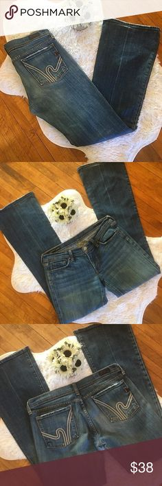 """Citizens of Humanity Ingrid Flared Jeans (Sz 31) Citizen of Humanity Ingrid Flare Wimbledon #144 distressed Jeans. See pictures for wear. Cotton/Polyurethane. Size 31. Waist 34"""". Inseam 33"""". Front rise 8"""". Back rise 13.5"""". Citizens Of Humanity Jeans Flare & Wide Leg"""