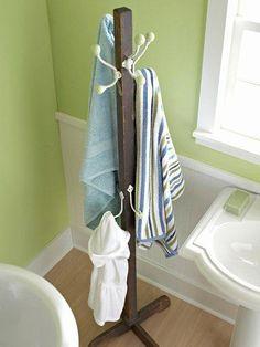 17 Bathroom Towel Storage Ideas For Cozy Wonderful Bathroom Organization - Bathroom Design - Bathroom Towel Pool Towel Storage, Bathroom Towel Storage, Towel Hangers For Bathroom, Bathroom Towels, Bath Towels, Diy Storage Rack, Storage Ideas, Storage Shelves, Towel Organization