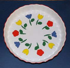 Vintage Red Yellow Blue Tulip Flowers Quiche Dish / Pie Plate