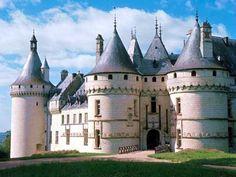 Château de Chaumont - XVe - XVIe siècle-Love it! This is my second fravorite chateau!