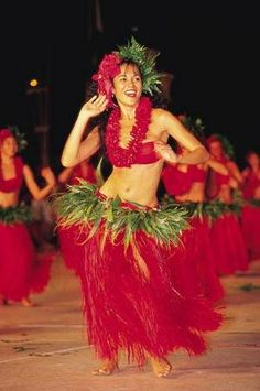 watch a polynesian dance show
