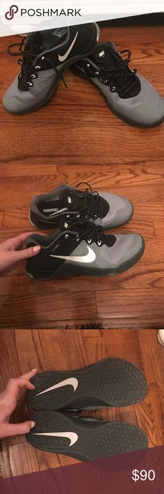 Nike Metcon 2 Black and Gray Nike Metcon 2. Worn less than 5 times! Nike Shoes Athletic Shoes