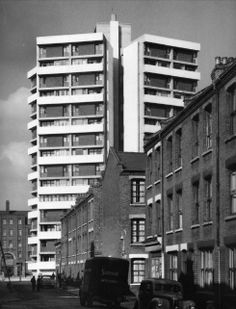 Keeling House, Bethnal Green from Canrobert Street, 1959