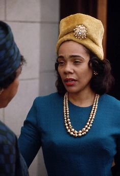 Coretta Scott King, the wife of civil rights leader Martin Luther King Jr. was a civil rights activist and crusader for equal rights. Coretta Scott King, Black Girls Rock, Black Girl Magic, High Society, Women In History, Black History, Great Women, Amazing Women, Martin Luther King
