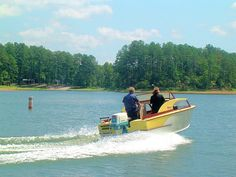 Cruiser Boat, Cabin Cruiser, Glen L, Hydraulic Steering, Vintage Boats, Small Boats, Boat Plans, Wooden Boats, Boating