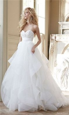 10. Simple but Flowy - 18 Stunning Wedding Gowns That Will Take Your Breath Away ... → Wedding