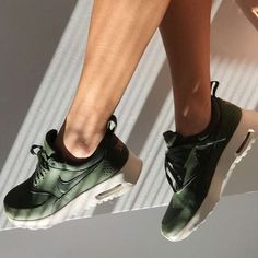 nike sneaker md runner 2 hashtag on Twitter