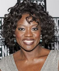 Viola Davis Hairstyle: Casual Medium Curly Hairstyle