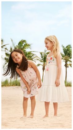 Stock up on fun and fresh fashion favorites for lazy days and sunny skies. | H&M Kids