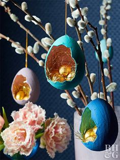 Creative easter egg shell decorations - Creative easter egg shell decorations Informations About Kreative Osterei-Muschel-Dekorationen Pin Y - Shell Decorations, Diy Easter Decorations, Easter Centerpiece, Centerpieces, Diy Osterschmuck, Diy Ostern, Egg Decorating, Egg Shells, Easter Baskets