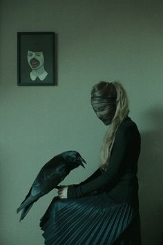 gothic photography - Laura Makabresku's gothic photography series shows women paired up with creatures in way that's haunting and beautiful at the same time. Whimsical Photography, Gothic Photography, Laura Makabresku, Foto Fantasy, Look Dark, Southern Gothic, Witch Aesthetic, Dark Beauty, Graphic