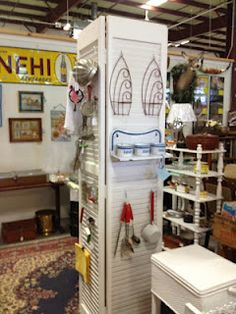 C. Dianne Zweig - Kitsch 'n Stuff: Displaying Vintage Kitchen Utensils On A Column Made From Louvered Bifold Doors