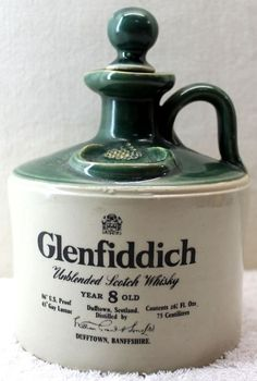 Glenfiddich Stoneware Jug Scotch Whisky by HobartCollectables. Was my Dads favourite drop :) Tequila, Vodka, Cigars And Whiskey, Scotch Whiskey, Bourbon Whiskey, Gin, Wine And Liquor, Liquor Bottles, Single Malt Whisky