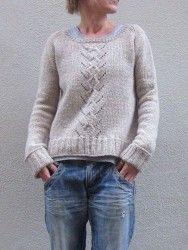 Пуловер свободного покроя спицами