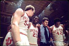 quinn buckner two sports | 29 MAR 1976: Indiana University's head coach Bob Knight with Kent ...
