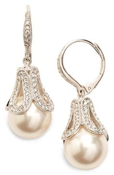 Gold Mini Heart Earrings with Round Cut Diamonds/ Micro Pave Earrings / Heart Shape Diamond Studs/ Minimalist Earrings - Fine Jewelry Ideas Pearl Drop Earrings, Heart Earrings, Pearl Jewelry, Wedding Jewelry, Wedding Earrings, Women's Earrings, Wedding Accessories, Jewelry Accessories, Women Jewelry
